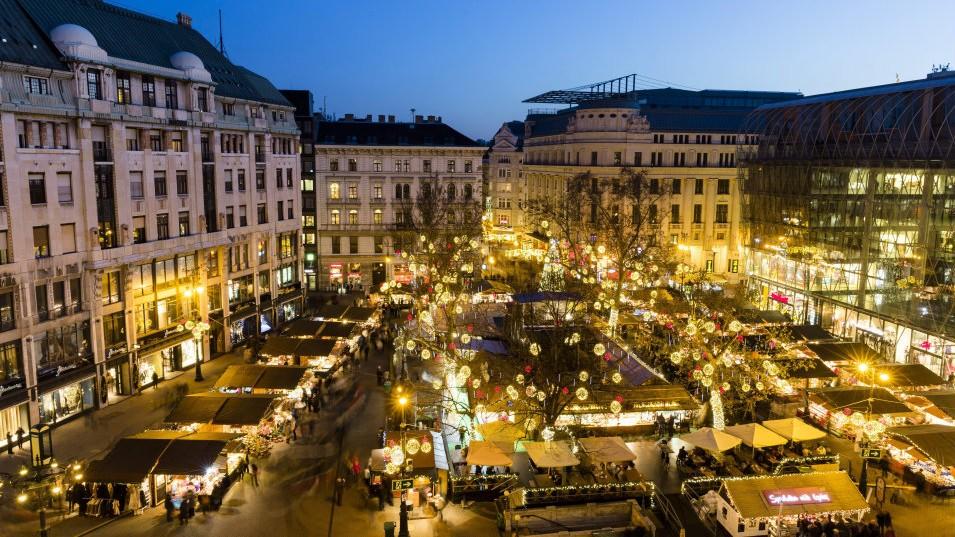 2020-ban elmarad a Vörösmarty téri karácsonyi vásár